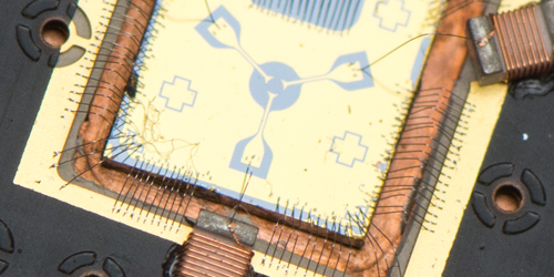 Synopsis: Quantum Circulator on a Chip